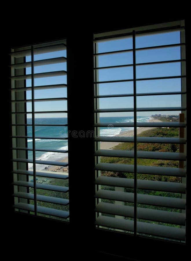 παράδεισος 01 στο παράθυρο στοκ εικόνα με δικαίωμα ελεύθερης χρήσης