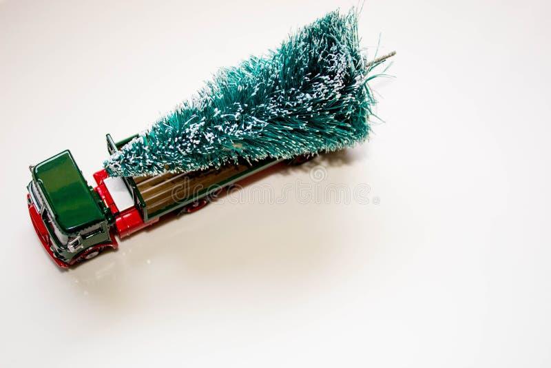 Παράδοση χριστουγεννιάτικων δέντρων στοκ εικόνα με δικαίωμα ελεύθερης χρήσης