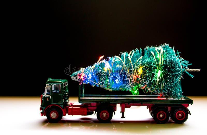 Παράδοση χριστουγεννιάτικων δέντρων στοκ φωτογραφίες με δικαίωμα ελεύθερης χρήσης