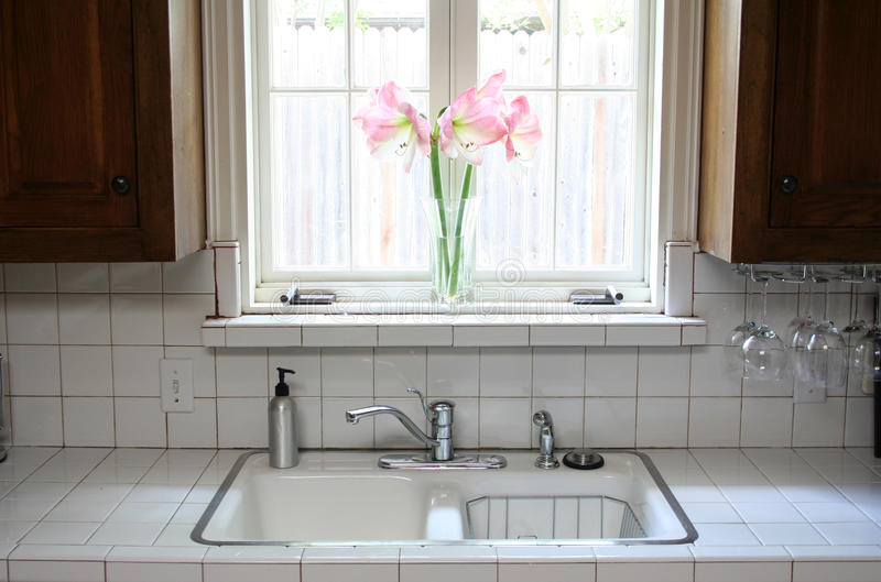 παράθυρο κουζινών στοκ εικόνες