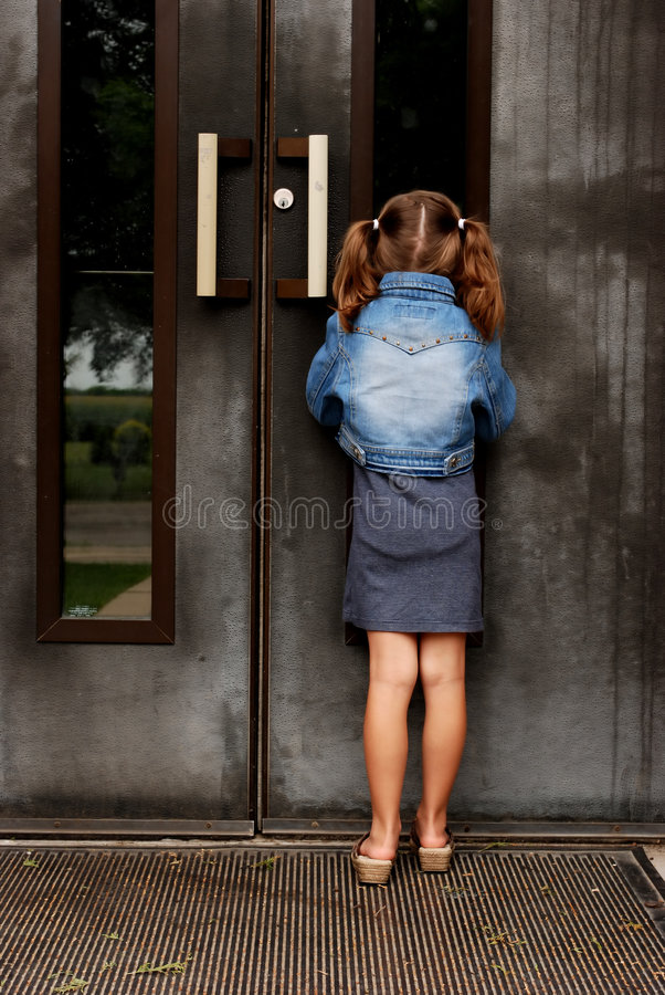 παράθυρο κρυφοκοιτάγματος στοκ φωτογραφία με δικαίωμα ελεύθερης χρήσης