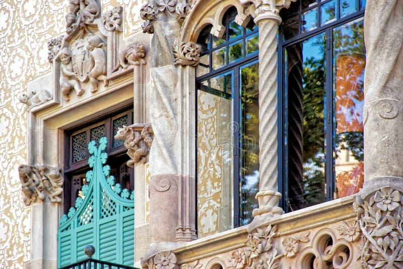 Παράθυρο Casa Amatller στην περιοχή Eixample στη Βαρκελώνη στοκ φωτογραφία