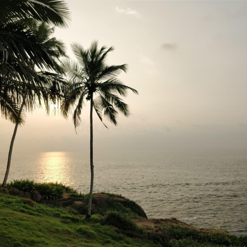 παράκτιο ηλιοβασίλεμα στοκ εικόνες με δικαίωμα ελεύθερης χρήσης