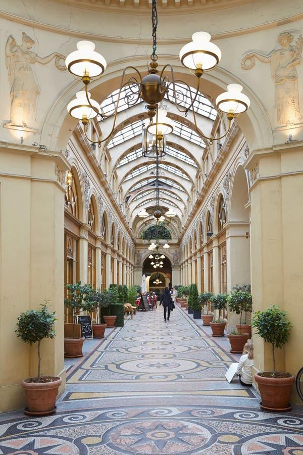 Παρίσι, μετάβαση Galerie Vivienne στοκ φωτογραφία με δικαίωμα ελεύθερης χρήσης