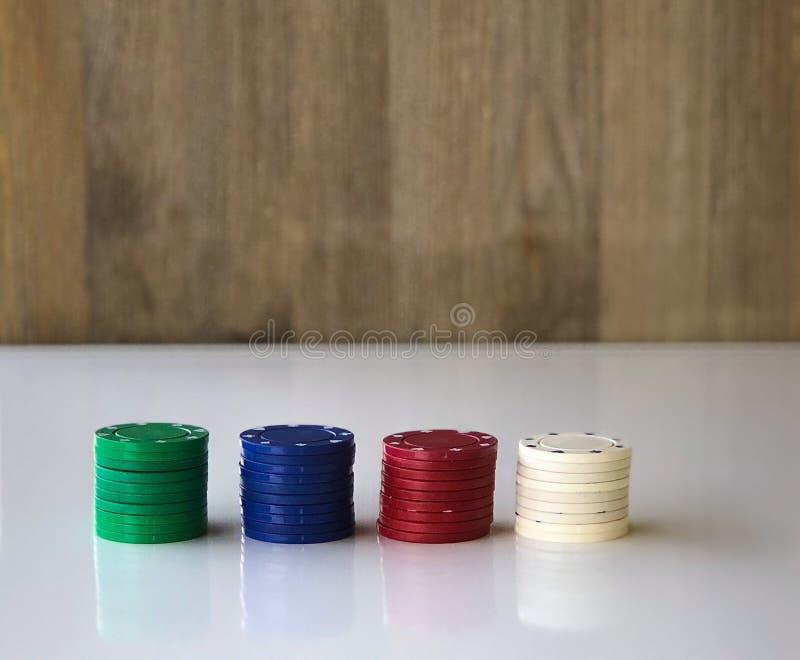 παραγμένες στοίβες πόκερ εικόνας τσιπ υπολογιστής στοκ εικόνες με δικαίωμα ελεύθερης χρήσης