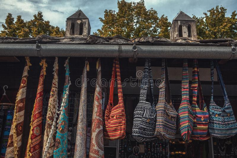Παραδοσιακή αγορά αναμνηστικών στοκ φωτογραφίες με δικαίωμα ελεύθερης χρήσης