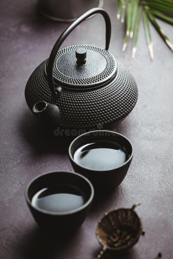 Παραδοσιακή ασιατική ρύθμιση τελετής τσαγιού, τοπ άποψη στοκ εικόνα