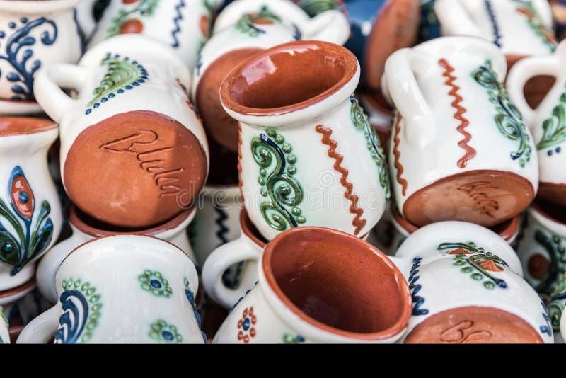 Παραδοσιακή ρουμανική κούπα αργίλου στοκ εικόνα με δικαίωμα ελεύθερης χρήσης