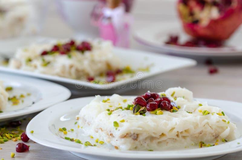Παραδοσιακό επιδόρπιο Gullac Ramadan στοκ φωτογραφίες με δικαίωμα ελεύθερης χρήσης