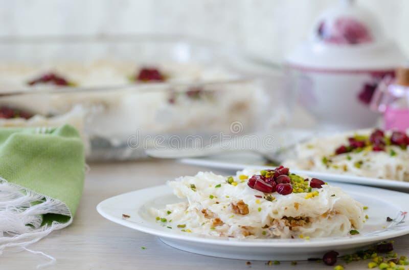 Παραδοσιακό επιδόρπιο Gullac Ramadan στοκ φωτογραφία με δικαίωμα ελεύθερης χρήσης