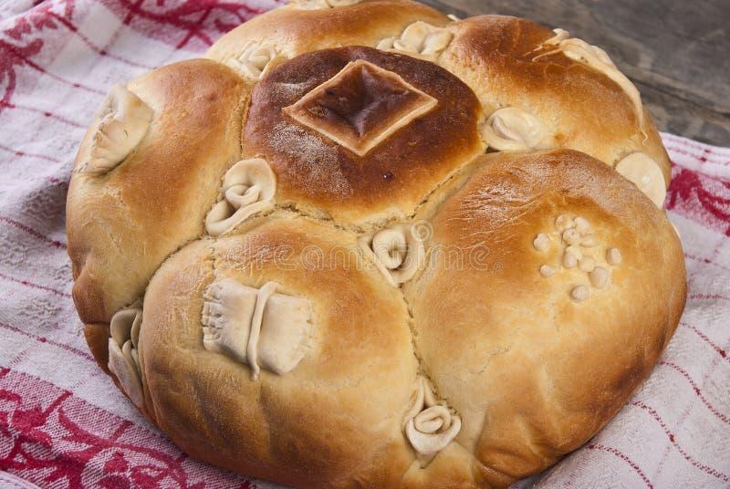 Παραδοσιακό σερβικό εορταστικό ψωμί στοκ εικόνα