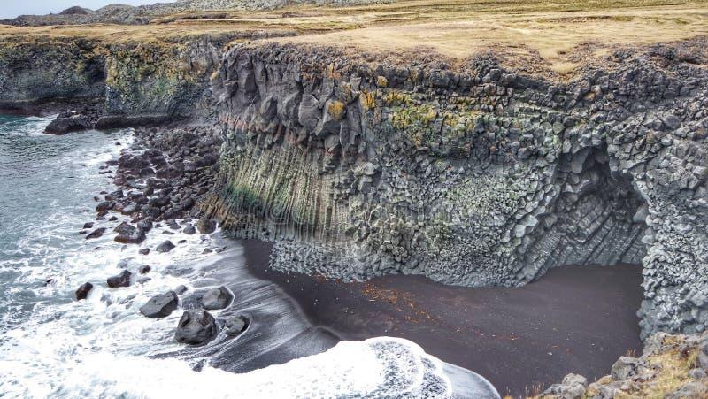 Παραλία †«Arnastrapi, Ισλανδία θησαυρών στοκ φωτογραφία