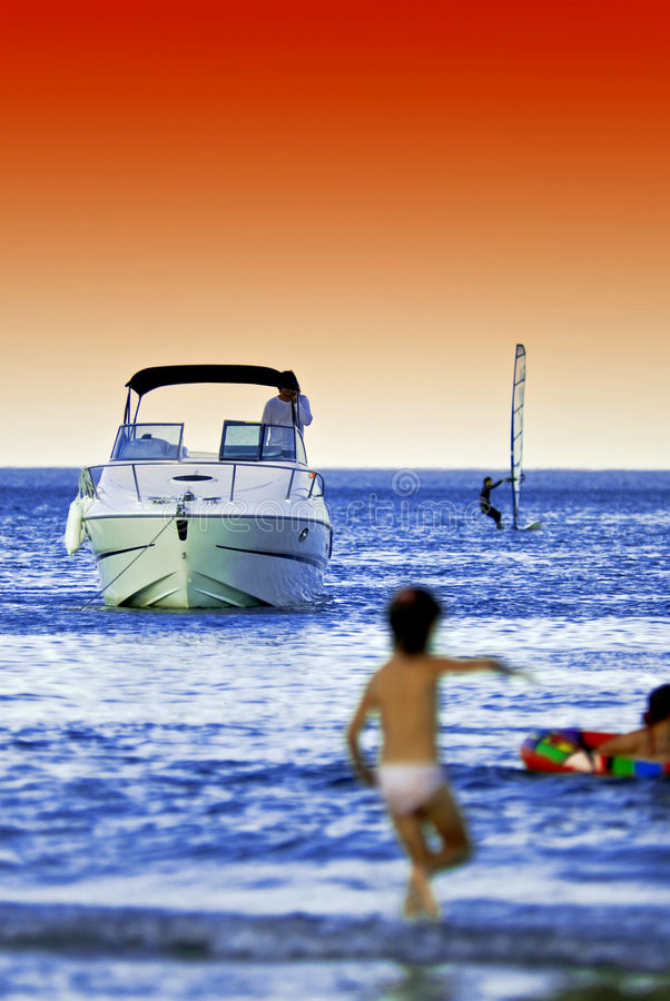 παραλία δραστηριοτήτων στοκ εικόνα με δικαίωμα ελεύθερης χρήσης