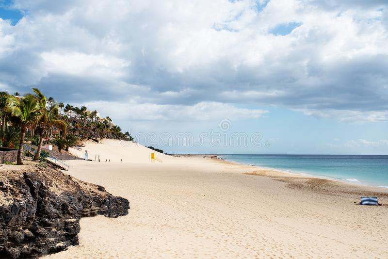 Παραλία και ωκεανός σε Morro Jable, Jandia σε Fuerteventura στοκ φωτογραφίες με δικαίωμα ελεύθερης χρήσης