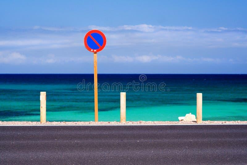 παραλία κανένας χώρος στάθ&m στοκ εικόνες με δικαίωμα ελεύθερης χρήσης