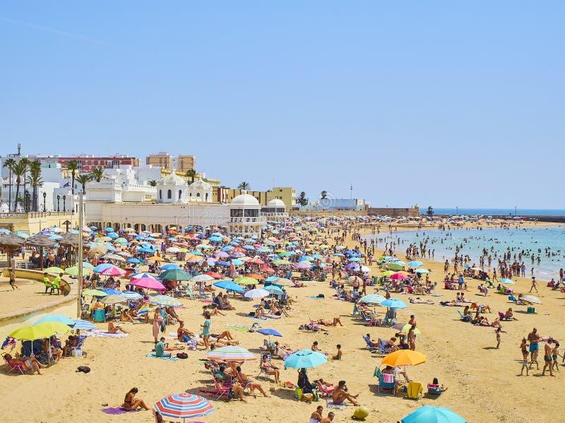 Παραλία Λα Caleta Άποψη από Duque de Najera Avenue Καντίζ Ανδαλουσία, Ισπανία στοκ εικόνες