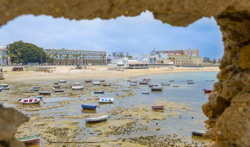 Παραλία Λα Caleta στο Καντίζ, Ανδαλουσία, Ισπανία στοκ εικόνες