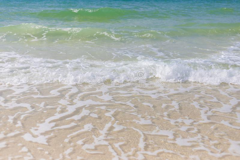 Παραλία με το κενό διάστημα r στοκ εικόνα