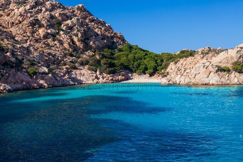 Παραλία παραδείσου με την άσπρη άμμο στη Σαρδηνία, Ιταλία στοκ εικόνες με δικαίωμα ελεύθερης χρήσης