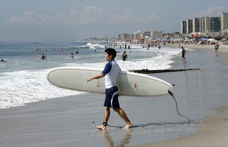 παραλία που γίνεται rockaway σε&r στοκ φωτογραφία με δικαίωμα ελεύθερης χρήσης