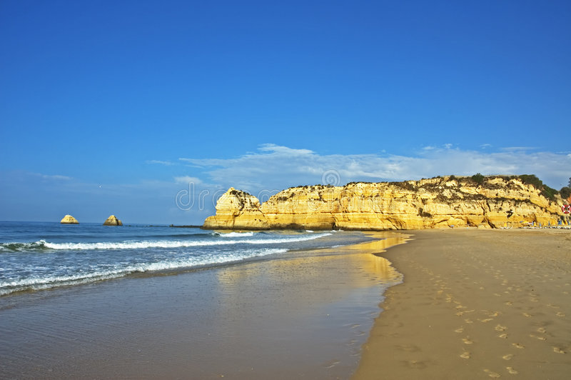 Παραλία στο Αλγκάρβε στοκ φωτογραφία με δικαίωμα ελεύθερης χρήσης