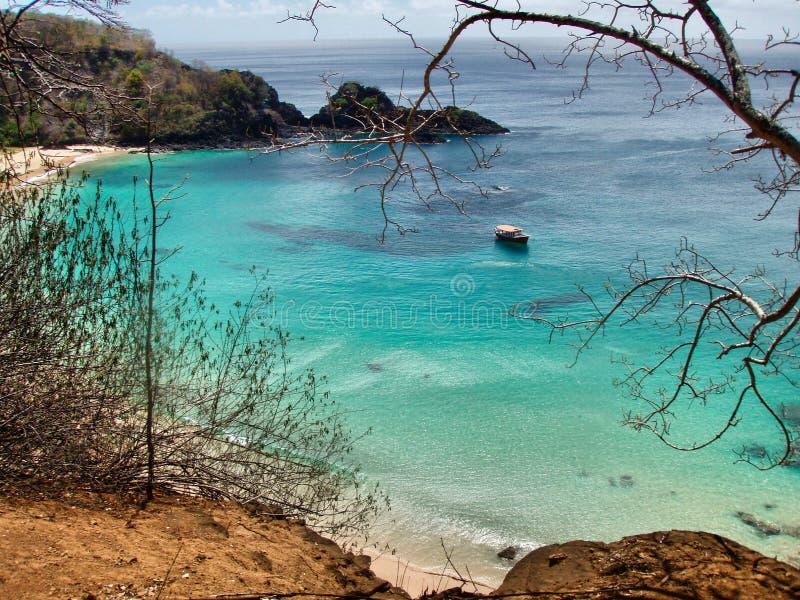 Παραλία τοπίων στο Fernando de Noronha, Βραζιλία στοκ φωτογραφία με δικαίωμα ελεύθερης χρήσης