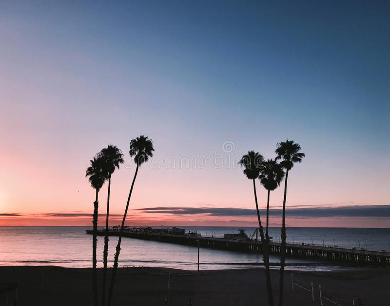 Παραλία του Cruz Santa στο ηλιοβασίλεμα στοκ φωτογραφία με δικαίωμα ελεύθερης χρήσης