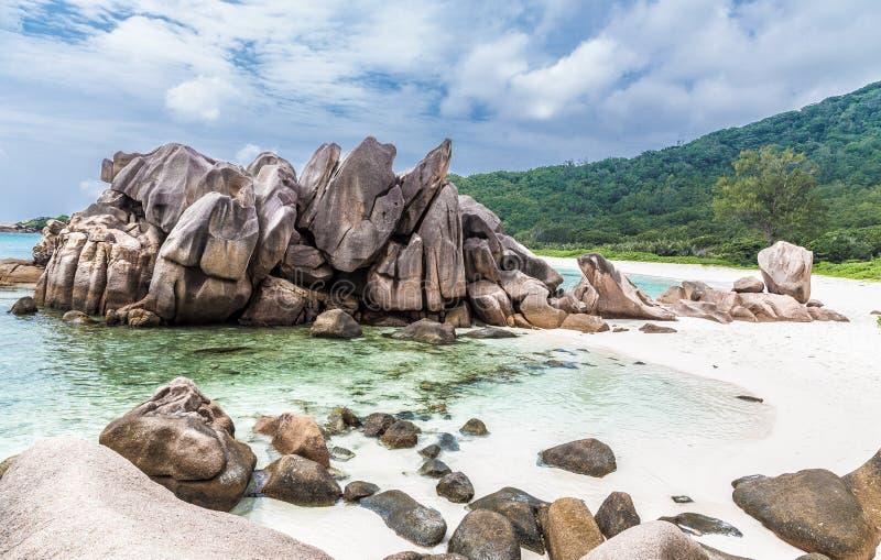 Παραλία Cocos Anse στο Λα Digue Σεϋχέλλες στοκ φωτογραφίες