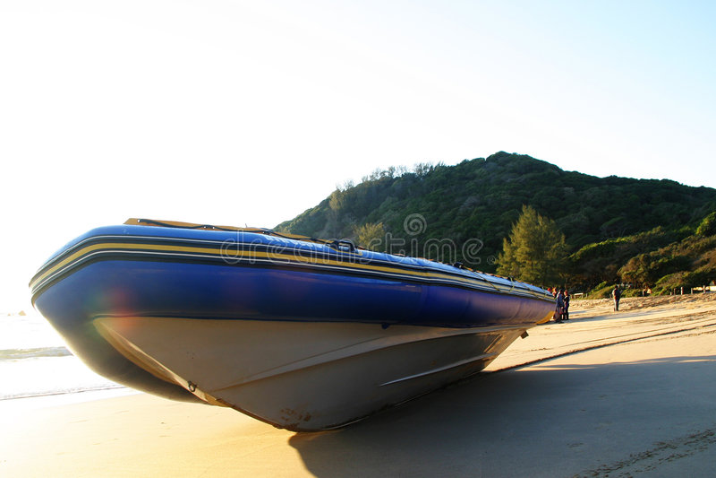 Download παραλία diveboat στοκ εικόνες. εικόνα από bazaars, κύματα - 103262