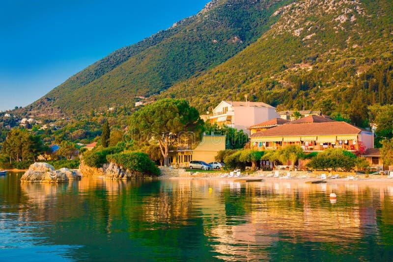 Παραλία Nikiana στην ανατολή στο νησί της Λευκάδας, Ελλάδα στοκ φωτογραφία με δικαίωμα ελεύθερης χρήσης