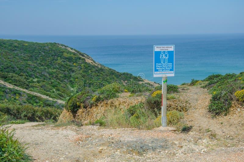 Παραλία Praia DAS Adegas κοντά σε Odeceixe, Πορτογαλία στοκ εικόνες