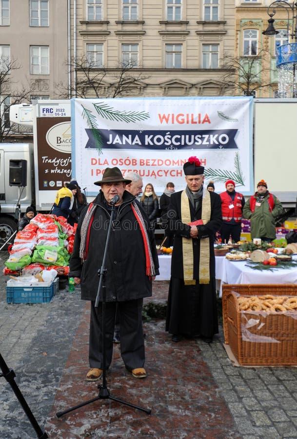 Παραμονή Χριστουγέννων για φτωχός και άστεγος στο κύριο τετράγωνο στην Κρακοβία Κάθε χρόνο η ομάδα Kosciuszko προετοιμάζει τη μέγ στοκ εικόνες με δικαίωμα ελεύθερης χρήσης
