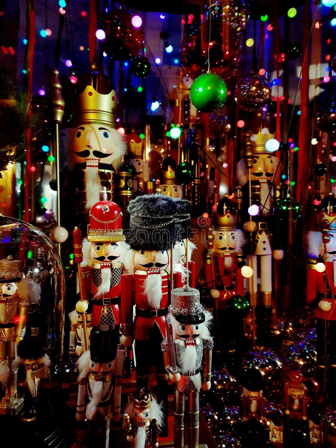 Παραμύθι Χριστουγέννων σε μια προθήκη στοκ φωτογραφίες