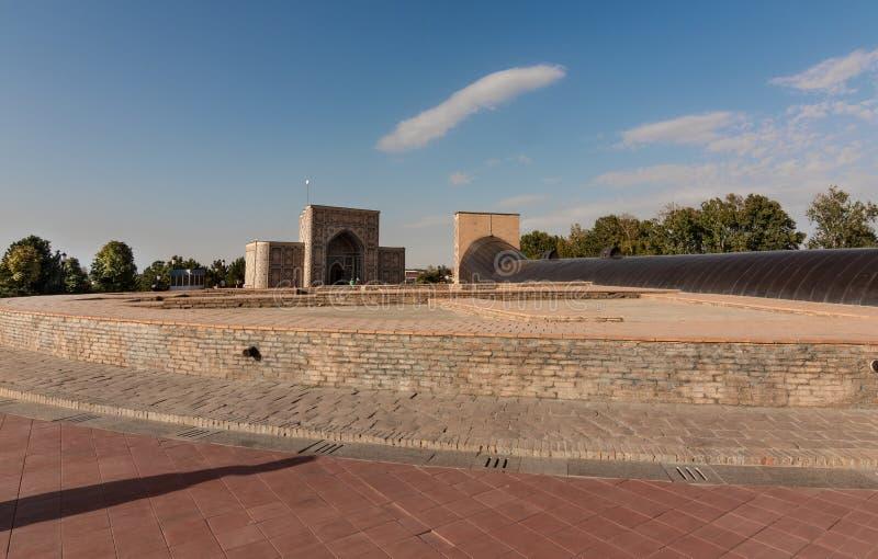 Παρατηρητήριο Ulugbek στον ουρανό υποβάθρου, medival, Σάμαρκαντ στοκ φωτογραφία