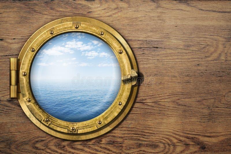 Παραφωτίδα σκαφών ή βαρκών στον ξύλινο τοίχο στοκ φωτογραφίες