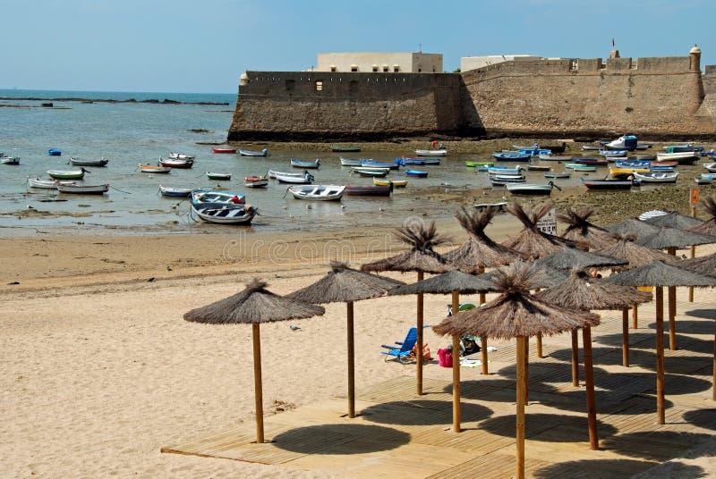 Παραλία Λα Caleta και κάστρο, Καντίζ στοκ εικόνες