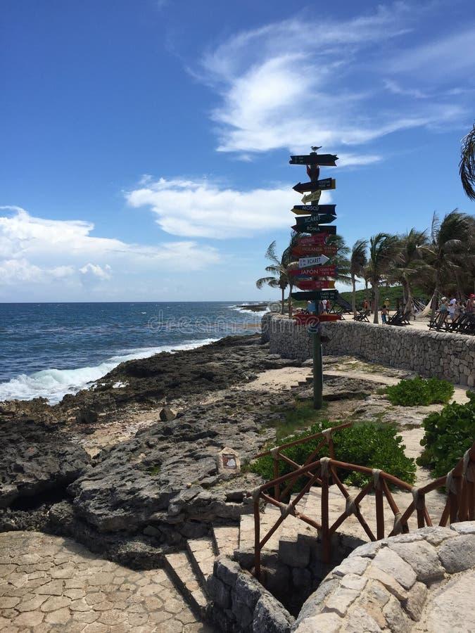 Παραλία μέσα στο πάρκο φύσης Xcaret, Cancun Μεξικό στοκ εικόνες