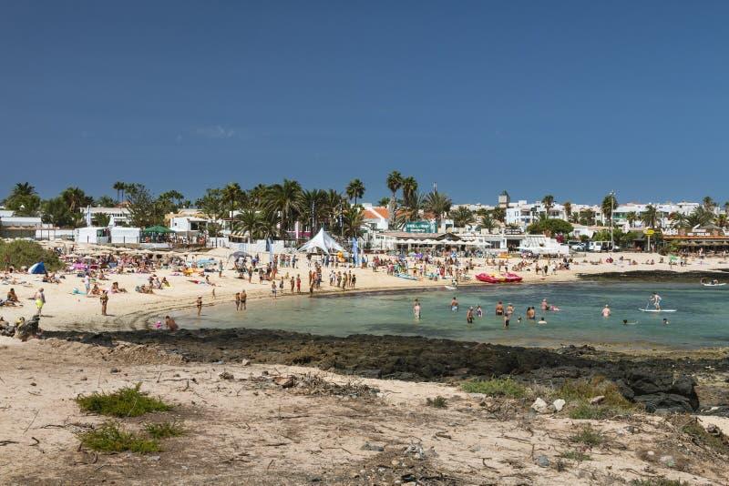 Παραλία πόλεων Corralejo σε Fuerteventura, Ισπανία, εκδοτική στοκ φωτογραφία με δικαίωμα ελεύθερης χρήσης