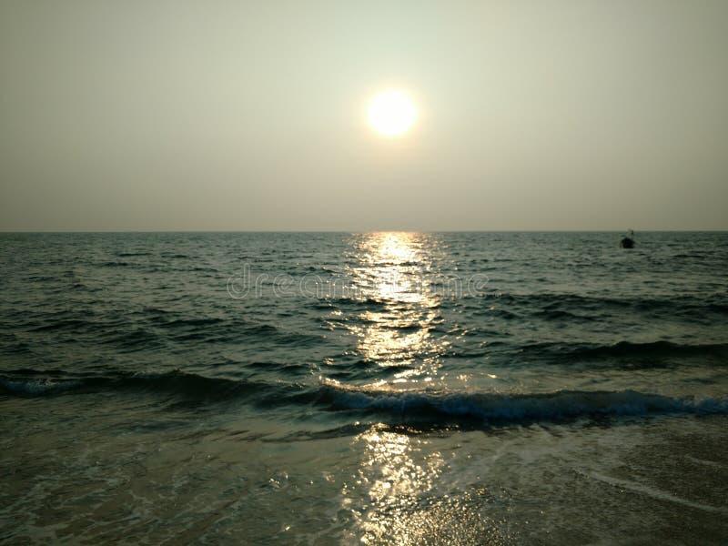 Παραλία στην αραβική θάλασσα στοκ φωτογραφίες με δικαίωμα ελεύθερης χρήσης