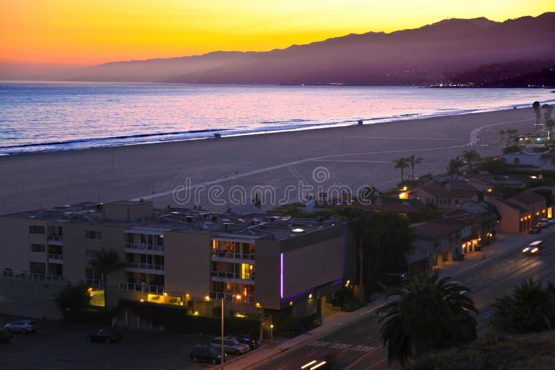 Παραλία της Σάντα Μόνικα τη νύχτα, Καλιφόρνια στοκ εικόνα με δικαίωμα ελεύθερης χρήσης