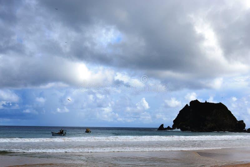 Παραλία του Fernando de Noronha στοκ εικόνα