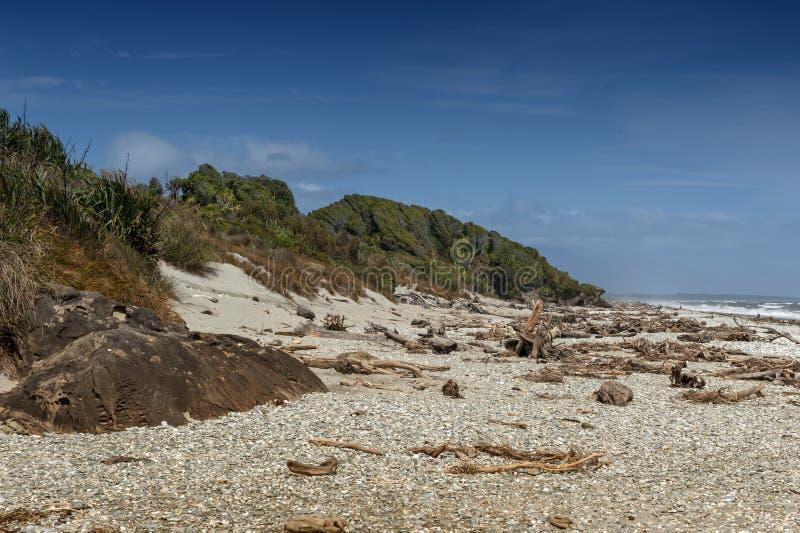 Παραλία χαλικιών της θαλάσσιας επιφύλαξης Tauparikaka, Haast, Νέα Ζηλανδία στοκ φωτογραφίες με δικαίωμα ελεύθερης χρήσης