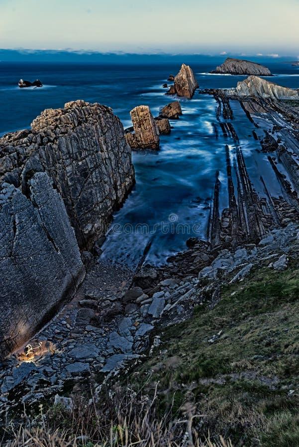 Παραλία Arnia, μαγική παραλία Σαντάντερ Ισπανία στοκ φωτογραφία με δικαίωμα ελεύθερης χρήσης