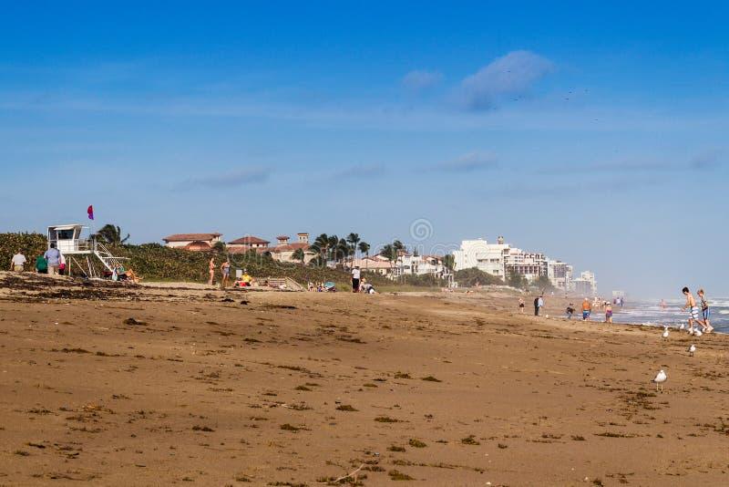 Παραλία Jensen φυσική στην ημέρα στοκ εικόνα