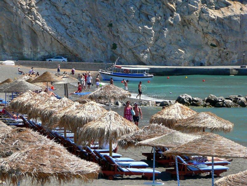 Παραλία Perissa, Santorini στοκ εικόνα