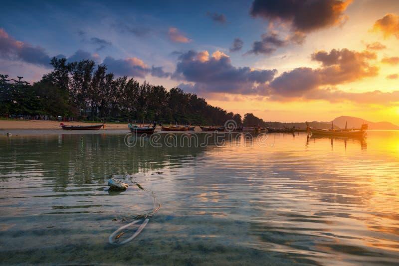 Παραλία Rawai στην ανατολή, Phuket, Ταϊλάνδη στοκ φωτογραφίες με δικαίωμα ελεύθερης χρήσης