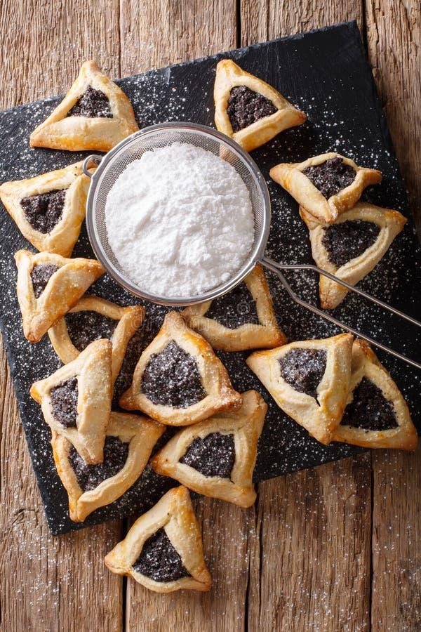 Παραδοσιακά εβραϊκά τρόφιμα διακοπών - κινηματογράφηση σε πρώτο πλάνο Purim Hamantaschen Β στοκ εικόνες