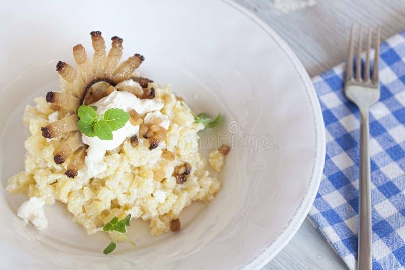 Παραδοσιακά σλοβάκικα τρόφιμα στοκ εικόνες