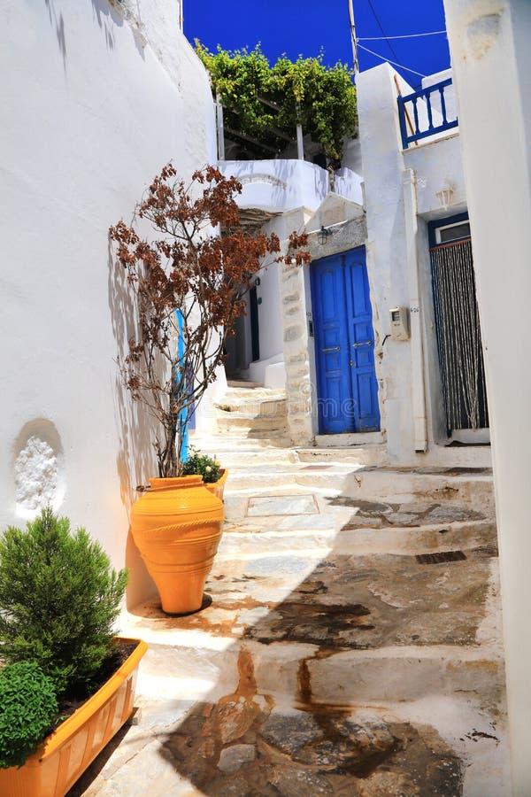 Παραδοσιακές οδοί της Ελλάδας των Κυκλάδων, Αμοργός, Chora στοκ φωτογραφία