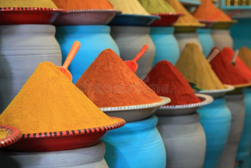 Παραδοσιακή αγορά καρυκευμάτων στο Μαρόκο Αφρική στοκ φωτογραφίες με δικαίωμα ελεύθερης χρήσης